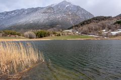 Lac de Siguret près d'Embrun - Hautes-Alpes - la France images libres de droits