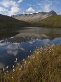 Lac dernier call dans les Rocheuses canadiennes Photos libres de droits