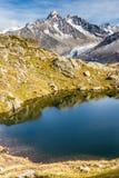 Lac des Cheserys και και σειρά βουνών - Γαλλία Στοκ φωτογραφίες με δικαίωμα ελεύθερης χρήσης
