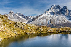 Lac des Cheserys και σειρά βουνών - Γαλλία Στοκ εικόνες με δικαίωμα ελεύθερης χρήσης
