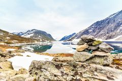 Lac Djupvatnet, Norvège Photo stock