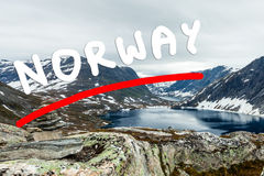 Lac Djupvatnet, Norvège Image libre de droits