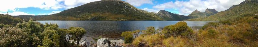 Lac dove et montagne de berceau image libre de droits