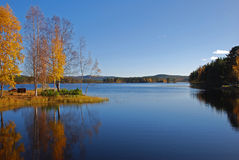 Lac en automne Image libre de droits