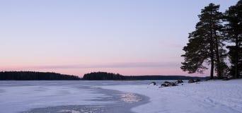 Lac en hiver Photographie stock libre de droits
