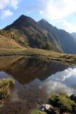 Lac en montagne Photo stock