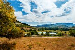 Lac en montagne Photographie stock libre de droits