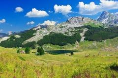 Lac en montagnes de Komovi Photo libre de droits
