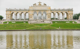 Lac en parc près du palais de Schonbrunn, Vienne Images libres de droits