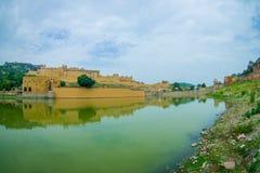 Lac et Amber Fort Maota à Jaipur, Ràjasthàn, Inde Photo libre de droits