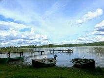 Lac et bateaux Photo stock