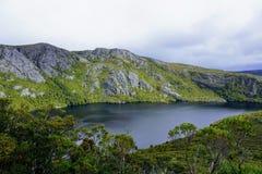Lac et horizon mountaintop photo libre de droits