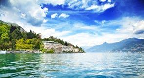 Lac et montagnes Images libres de droits
