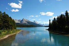 Lac et montagnes Maligne Photographie stock libre de droits