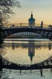 Lac et pont de château Charlottenburg à Berlin photo stock