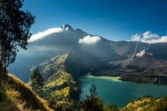 Lac et sommet crater Photo libre de droits