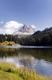 Lac et Tre Cime di Lavaredo Misurina Photographie stock
