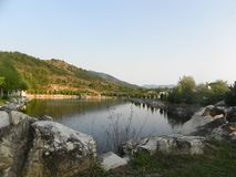 Lac fishing les les montagnes Photographie stock libre de droits