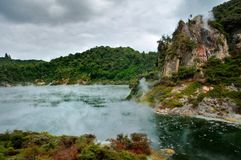 Lac frying Pan, Rotorua, vallée volcanique de Waimangu Photo libre de droits