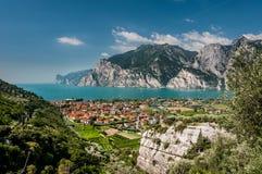 Lac garda (Lago di Garda) Photographie stock libre de droits