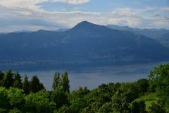 Lac garda vu de San Zeno di Montagna photographie stock