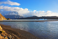 Lac gris photos stock