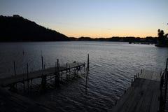 Lac Hamanako à Hamamatsu, Shizuoka avant aube Photos libres de droits