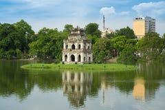 Lac Hoan Kiem ou lac sword, Ho Guom à Hanoï, Vietnam Image libre de droits