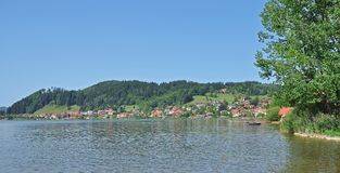 Lac Hopfensee, Allgaeu, Bavière, Allemagne Photo stock