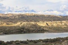 Lac Issyk Kul au Kirghizistan Photographie stock