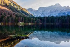 Lac italien Fusino images stock