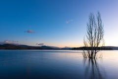Lac Jindabyne dans NSW photographie stock libre de droits