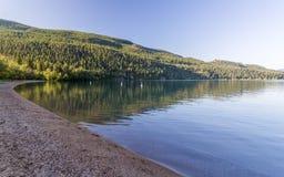 Lac Kalamalka en Colombie-Britannique Photographie stock libre de droits