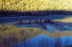 Lac Kanas dans le Xinjiang Photos libres de droits