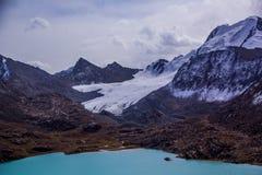Lac Kol d'aile du nez - nature de Kirgiz Images stock
