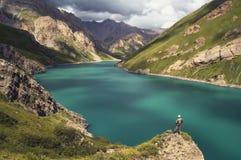Lac Kol-Massif de roche Photos libres de droits