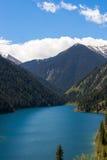 Lac Kolsay en montagnes de Tien Shan, Kazakhstan image libre de droits