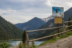 Lac Kolsay en système de montagne de Tien Shan, Kazakhstan Photo stock