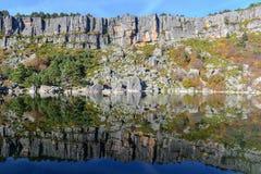 Lac laguna Negra à Soria, Espagne Image stock