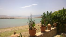 Lac Lalla Takerkoust, Marrakech - Maroc Photographie stock
