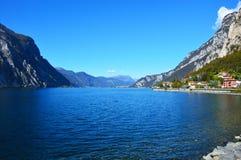 Lac Lecco dans la chute, Italie Images libres de droits