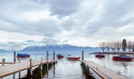 Lac Leman le jour nuageux Image stock