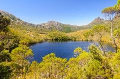 Lac Lilla - montagne de berceau photos stock