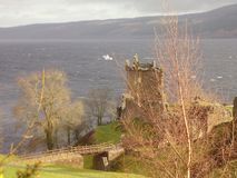 Lac Loch Ness de paysage de l'Ecosse Photographie stock libre de droits