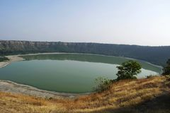 Lac Lonar, Lonar, secteur de Buldhana, maharashtra, Inde photo stock