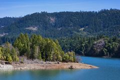 Lac lost Creek sur Rogue River en Orégon image stock
