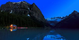 Lac Louise Night Photos stock