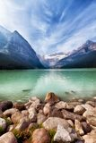 Lac Louise Scenic Portrait Banff photos stock