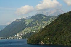 Lac Luzerne Photo libre de droits