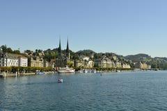 Lac Luzerne en Suisse Image stock